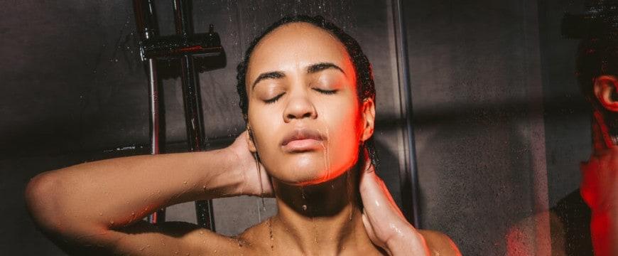 como-controlar-oleosidade-em-cabelos-cacheados-4-dicas-imperdiveis.jpeg