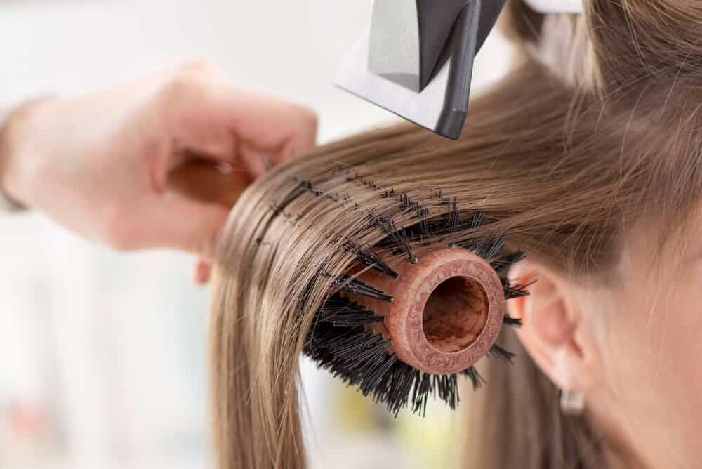 quais-sao-os-cuidados-mais-importantes-posquimica-nos-cabelos.jpeg